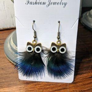 Jewelry - FREE F R E E Hooty owl earrings with feathers.